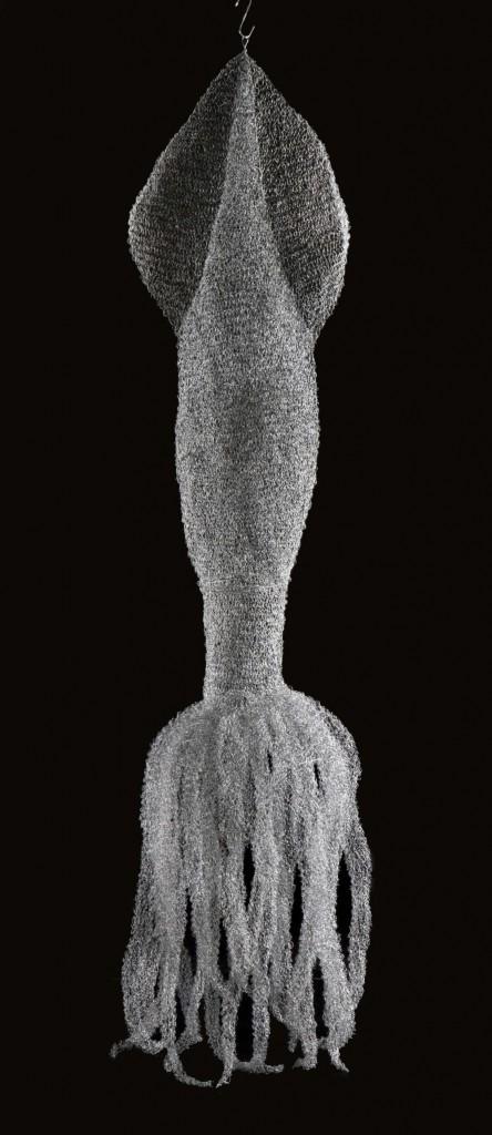 pijlinktvis (h 3.50 x 49 cm ø , gebreid gegalvaniseerd staal) 2007.jpg cbk